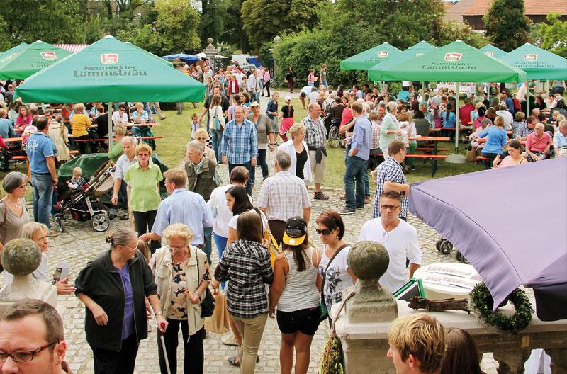 Hoffest mit vielen Besuchern